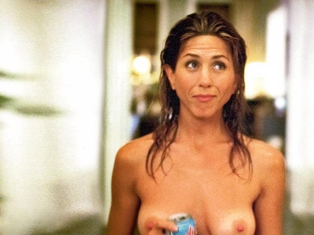Jennifer Aniston Topless photo
