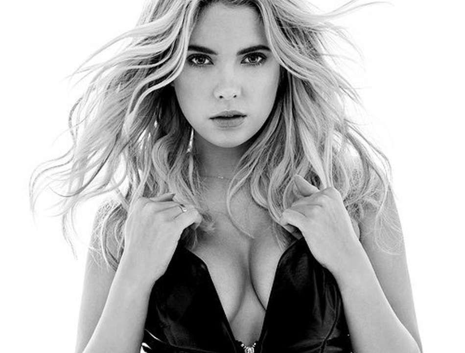 Ashley-Benson-Sexy-1