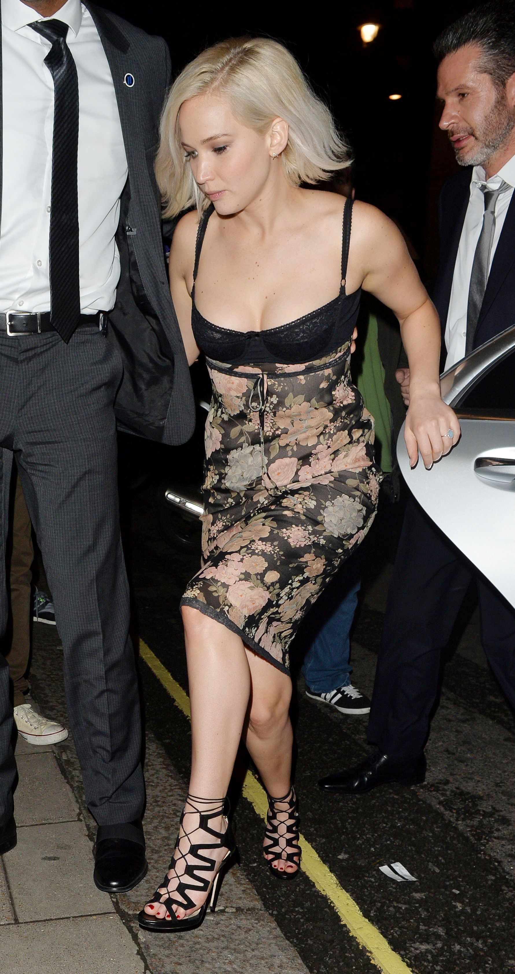 Jennifer-Lawrence-Sexy-3 (1)