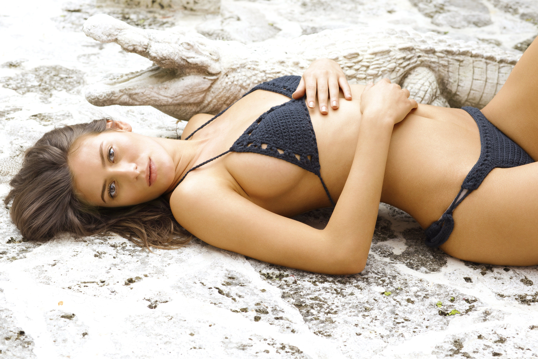 alejandra-guilmant-sexy-3