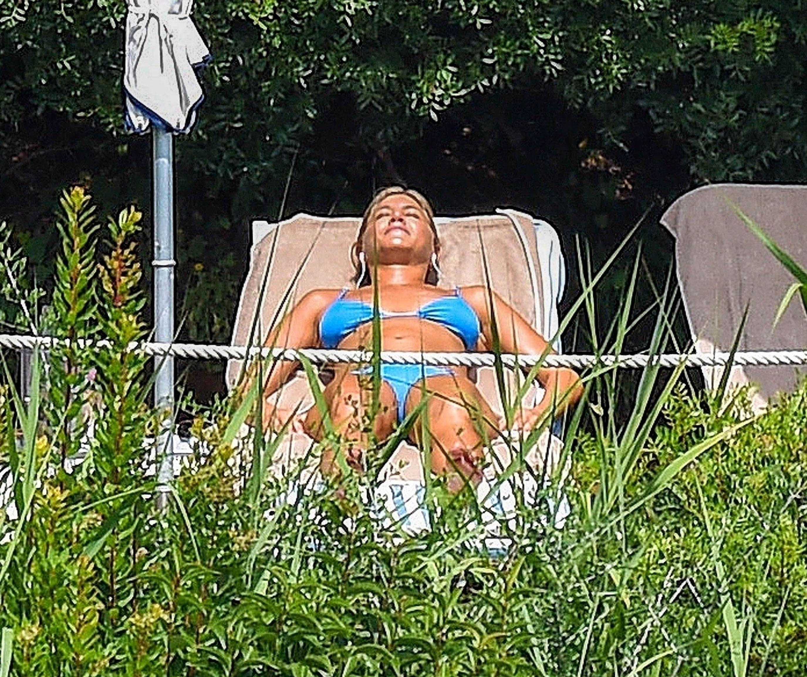 Jennifer Aniston Bikini girlfappening.com 1