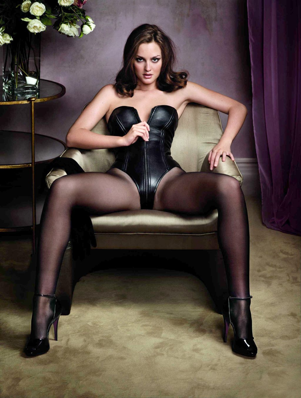 Leighton Meester Sexy girlfappening.com 19